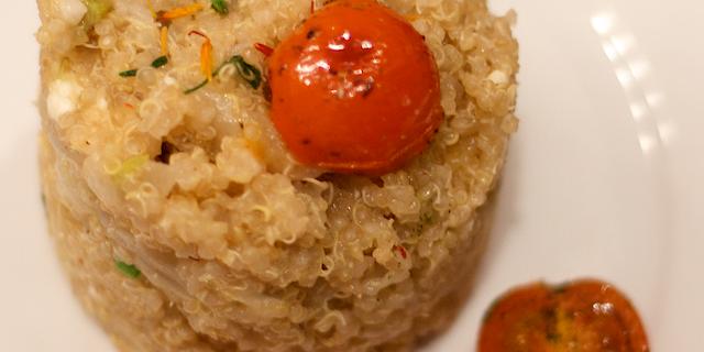 Quinoa cu fenicul, brânza si usturoi verde