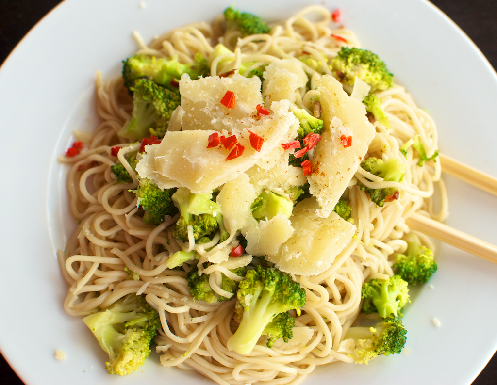 spicy pasta with broccoli