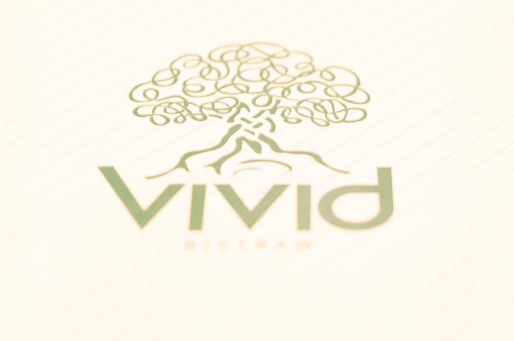 vivid-bistraw